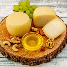 """Сыр  """"Качотта"""" из козьего молока , 300 гр."""