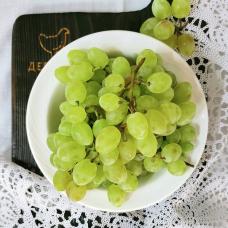 Виноград кишмиш велес, 0,5 кг.
