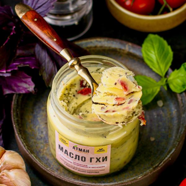Масло ГХИ с томатами, базиликом и чесноком 150 гр.