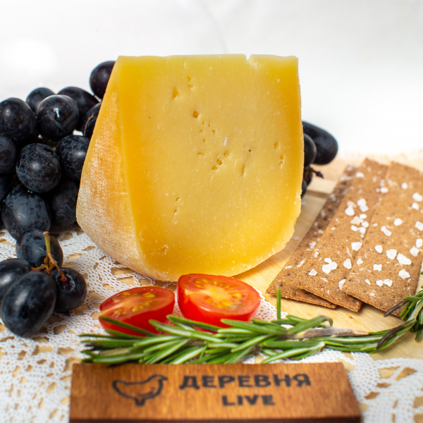 "Сыр ""Кармен"" выдержанный, 250 гр."