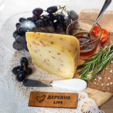 """Сыр """"Лучинский с пажитником"""" выдержанный, 250 гр."""