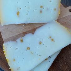 """Сыр """"Качотта с пажитником"""" из КОЗЬЕГО молока, 500 гр."""